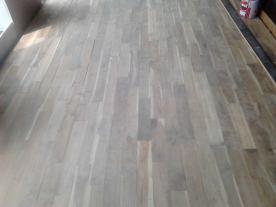 proyek-memasang-lantai-kayu-6