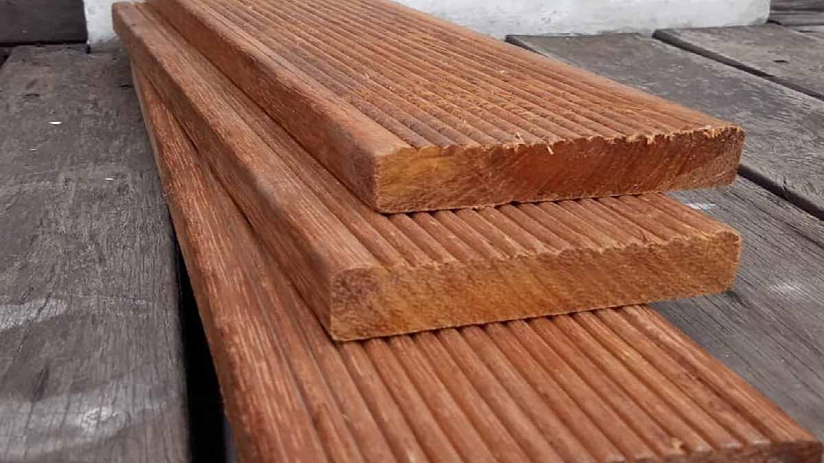 Spesifikasi Produk Dan Harga Lantai Decking Kayu Merbau